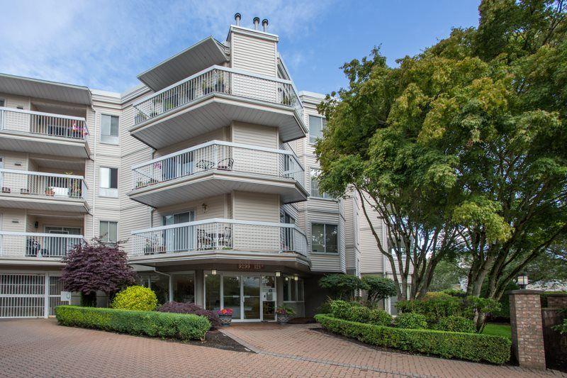 "Main Photo: 109 9299 121 Street in Surrey: Queen Mary Park Surrey Condo for sale in ""Huntington Gate"" : MLS®# R2479219"