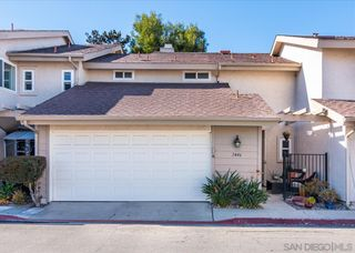 Photo 1: OCEAN BEACH Townhouse for sale : 3 bedrooms : 2446 Camimito Venido in San Diego