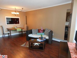 """Photo 2: 311 15111 RUSSELL Avenue: White Rock Condo for sale in """"Pacific Terrace"""" (South Surrey White Rock)  : MLS®# F1209064"""