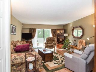 """Photo 9: 74 32959 GEORGE FERGUSON Way in Abbotsford: Central Abbotsford Townhouse for sale in """"Oakhurst"""" : MLS®# R2431213"""