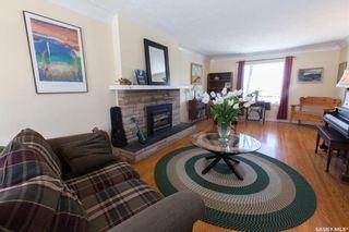 Photo 6: 304 Bate Crescent in Saskatoon: Grosvenor Park Residential for sale : MLS®# SK724443
