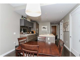 """Photo 5: 512 181 W 1ST Avenue in Vancouver: False Creek Condo for sale in """"BROOK-THE VILLAGE ON FALSE CREEK"""" (Vancouver West)  : MLS®# V1134606"""