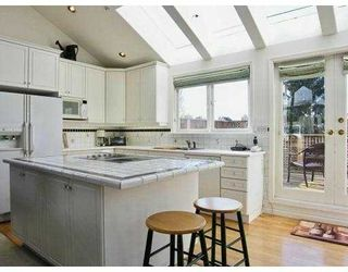 Photo 4: 1345 LABURNUM Street in Vancouver: Kitsilano House for sale (Vancouver West)  : MLS®# V632109