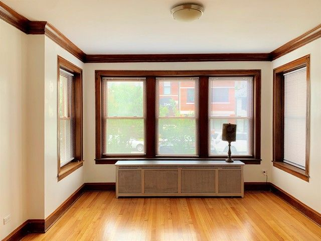 Photo 3: Photos: 2147 Superior Street in Chicago: CHI - West Town Rentals for rent ()  : MLS®# 10545457