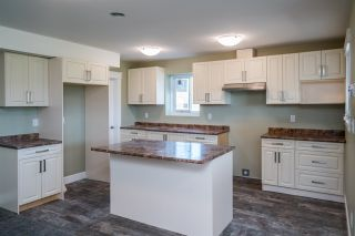 """Photo 18: 2462 CARMICHAEL Street in Prince George: Charella/Starlane House for sale in """"UNIVERSITY HEIGHTS"""" (PG City South (Zone 74))  : MLS®# R2370953"""