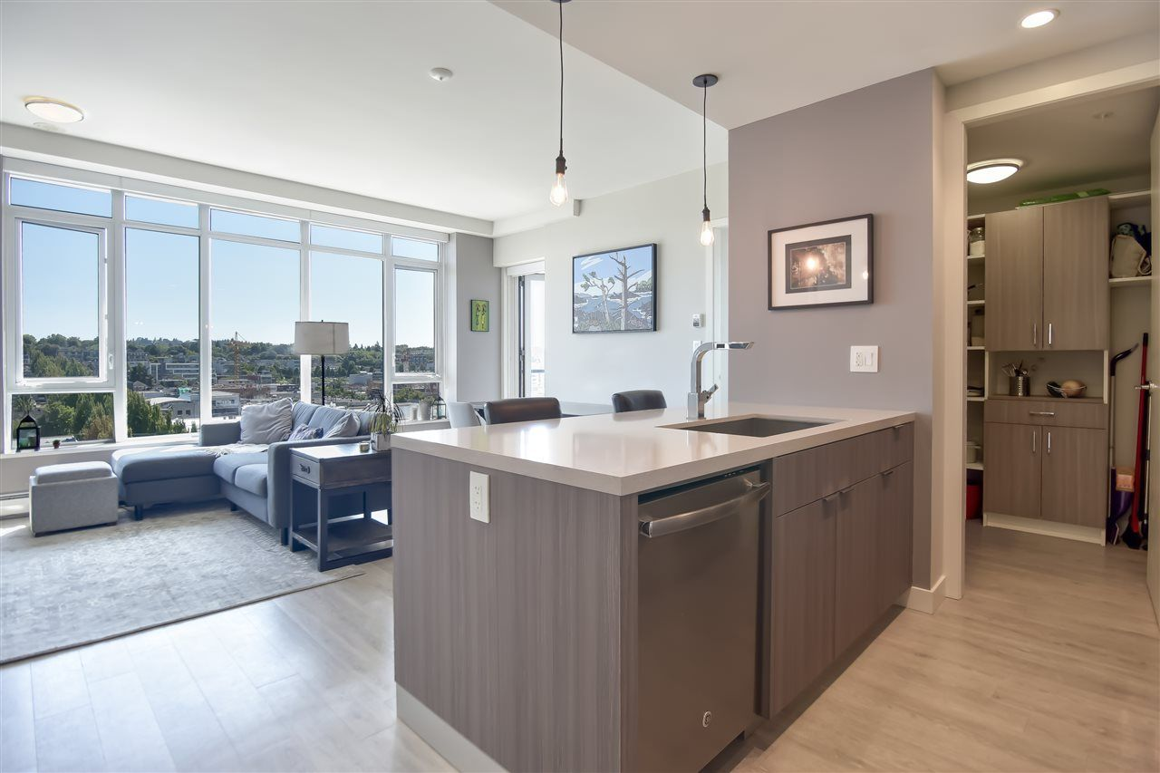 "Photo 2: Photos: 1102 1788 ONTARIO Street in Vancouver: Mount Pleasant VE Condo for sale in ""Proximity"" (Vancouver East)  : MLS®# R2478098"
