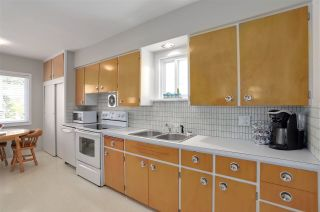 """Photo 9: 227 W 22ND Avenue in Vancouver: Cambie House for sale in """"Cambie Village"""" (Vancouver West)  : MLS®# R2283769"""