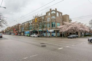 """Photo 23: 422 2255 W 4TH Avenue in Vancouver: Kitsilano Condo for sale in """"THE CAPERS BUILDING"""" (Vancouver West)  : MLS®# R2565232"""