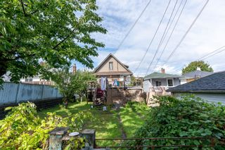 Photo 5: 1722 E 41ST Avenue in Vancouver: Killarney VE House for sale (Vancouver East)  : MLS®# R2623937