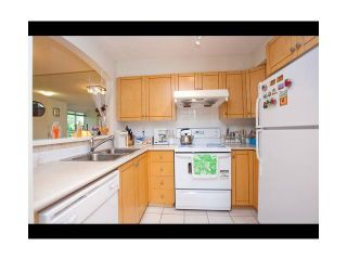 "Photo 3: 62 7128 STRIDE Avenue in Burnaby: Edmonds BE Townhouse for sale in ""RIVERSTONE"" (Burnaby East)  : MLS®# V899687"