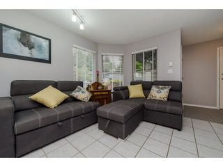 """Photo 3: 16 36060 OLD YALE Road in Abbotsford: Abbotsford East Townhouse for sale in """"Mountain View Village"""" : MLS®# R2269722"""