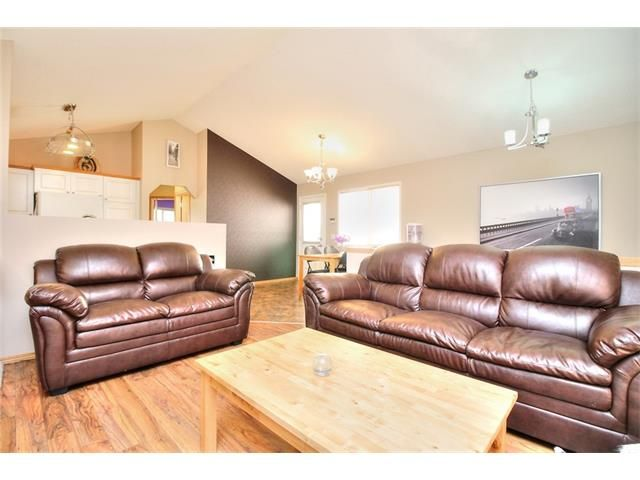 Photo 6: Photos: 89 BRIDLEWOOD Park SW in Calgary: Bridlewood House for sale : MLS®# C4033119