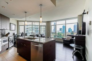 "Photo 8: 705 6188 WILSON Avenue in Burnaby: Metrotown Condo for sale in ""Jewel 1"" (Burnaby South)  : MLS®# R2394453"