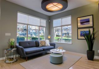 """Photo 7: 928 WESTBURY Walk in Vancouver: South Cambie Townhouse for sale in """"CHURCHILL GARDENS"""" (Vancouver West)  : MLS®# R2436730"""