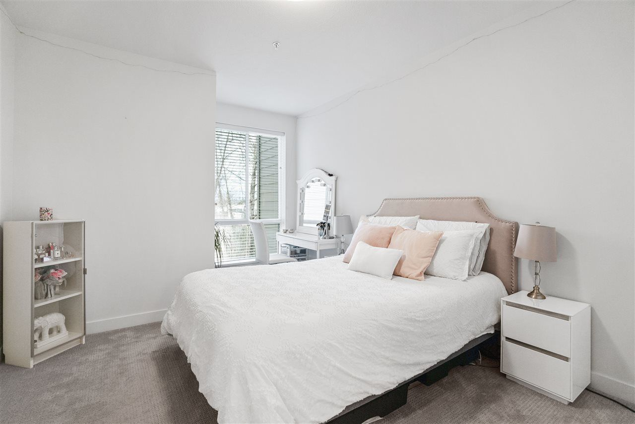 Photo 13: Photos: 326 723 W 3RD STREET in North Vancouver: Harbourside Condo for sale : MLS®# R2434964