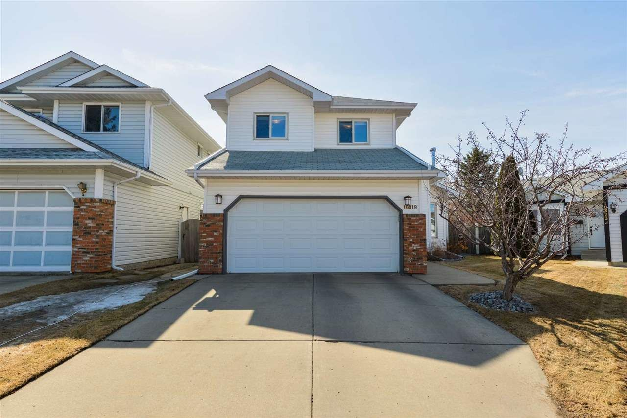 Main Photo: 10819 19B Avenue in Edmonton: Zone 16 House for sale : MLS®# E4237059