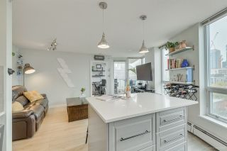 """Photo 2: 1502 188 KEEFER Place in Vancouver: Downtown VW Condo for sale in """"ESPANA TOWER B"""" (Vancouver West)  : MLS®# R2508962"""