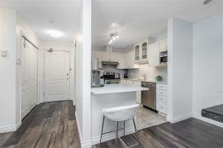 """Photo 3: 423 2551 PARKVIEW Lane in Port Coquitlam: Central Pt Coquitlam Condo for sale in """"The Crescent"""" : MLS®# R2540934"""