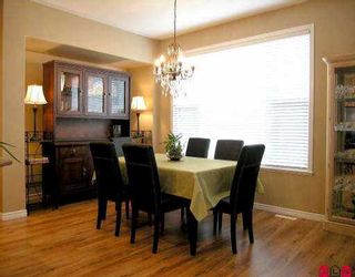 Photo 4: 18118 66 AV in Surrey: Cloverdale BC House for sale (Cloverdale)  : MLS®# F2602687