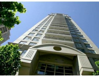 """Photo 3: 2107 989 RICHARDS Street in Vancouver: Downtown VW Condo for sale in """"MONDRIAN"""" (Vancouver West)  : MLS®# V713987"""