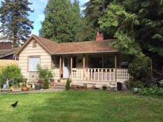 """Photo 1: 2340 CHRISTOPHERSON Road in Surrey: Crescent Bch Ocean Pk. House for sale in """"Ocean Park"""" (South Surrey White Rock)  : MLS®# R2070918"""