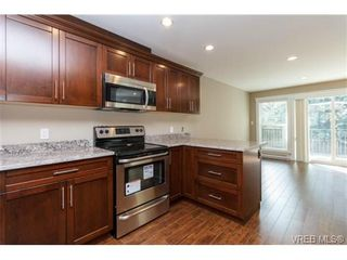 Photo 7: 104 990 Rattanwood Pl in VICTORIA: La Happy Valley Row/Townhouse for sale (Langford)  : MLS®# 711629
