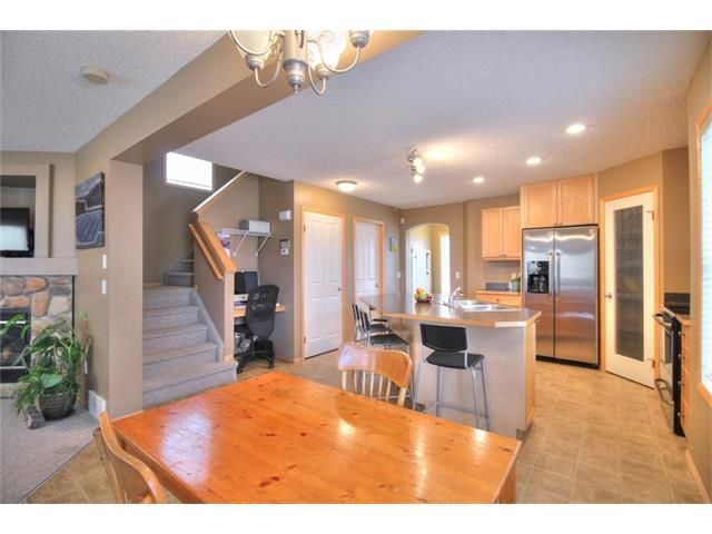Photo 10: Photos: 304 EVERSYDE Circle SW in Calgary: Evergreen House for sale : MLS®# C4035934