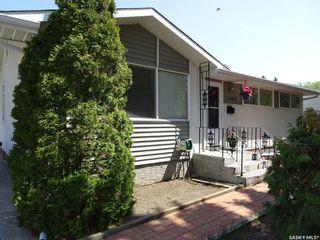 Photo 1: 4503 Castle Road in Regina: Whitmore Park Residential for sale : MLS®# SK774075