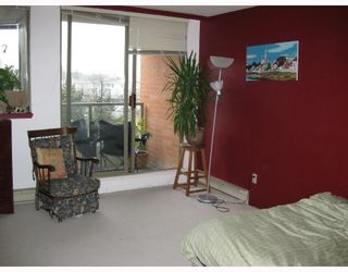 """Photo 7: 411 2201 PINE Street in Vancouver: Fairview VW Condo for sale in """"MERIDIAN COVE"""" (Vancouver West)  : MLS®# V757177"""
