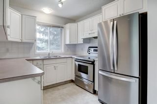 Photo 8: 321 10 Sierra Morena Mews SW in Calgary: Signal Hill Apartment for sale : MLS®# A1119254