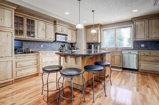 Photo 10: 5631 LODGE Crescent SW in Calgary: Lakeview Detached for sale : MLS®# C4261500