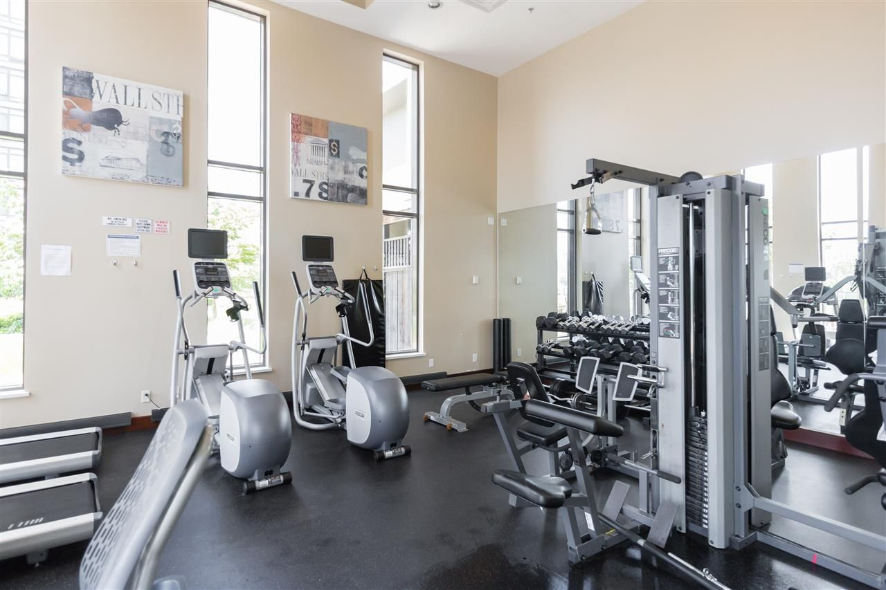"""Photo 16: Photos: 1704 2345 MADISON Avenue in Burnaby: Brentwood Park Condo for sale in """"OMA"""" (Burnaby North)  : MLS®# R2302453"""