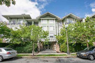 Photo 1: 415 7089 MONT ROYAL SQUARE in Vancouver East: Home for sale : MLS®# R2394689