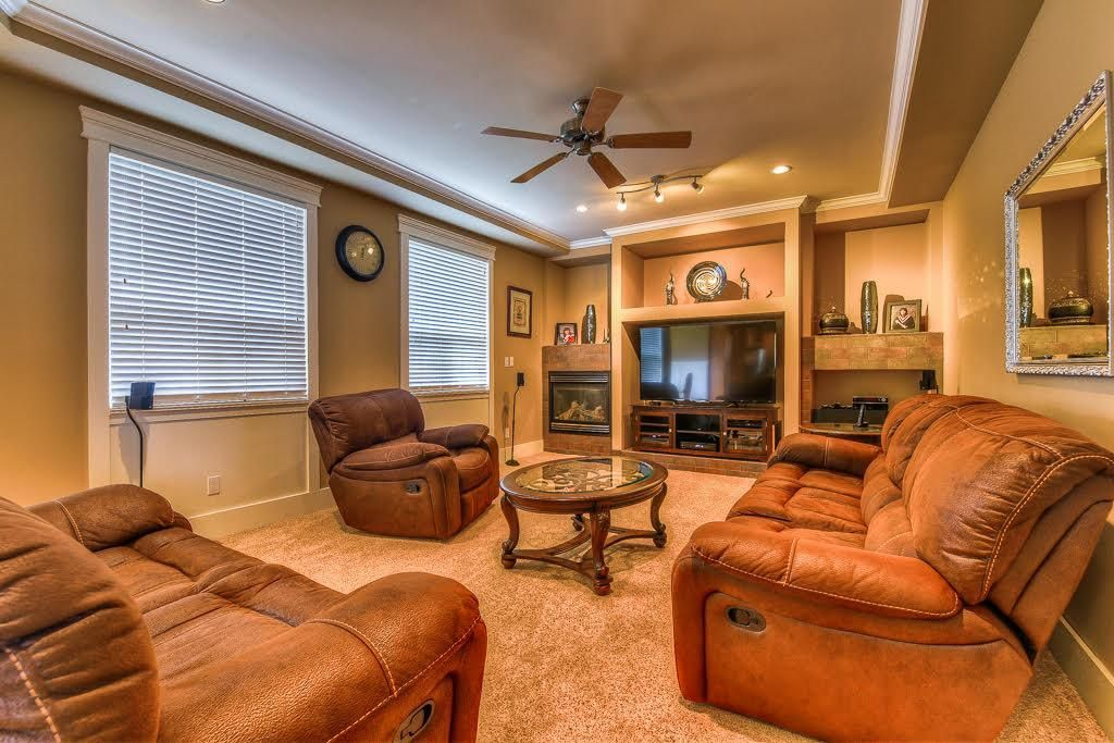 Photo 11: Photos: 15927 89A Avenue in Surrey: Fleetwood Tynehead House for sale : MLS®# R2228908