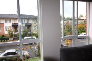 Photo 4: 204 3107 WINDSOR GATE Street in Coquitlam: New Horizons Condo for sale : MLS®# R2007853