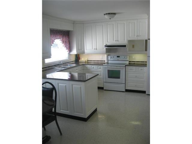 Photo 3: Photos: 87 Woodcrest Drive in WINNIPEG: West Kildonan / Garden City Residential for sale (North West Winnipeg)  : MLS®# 1302868
