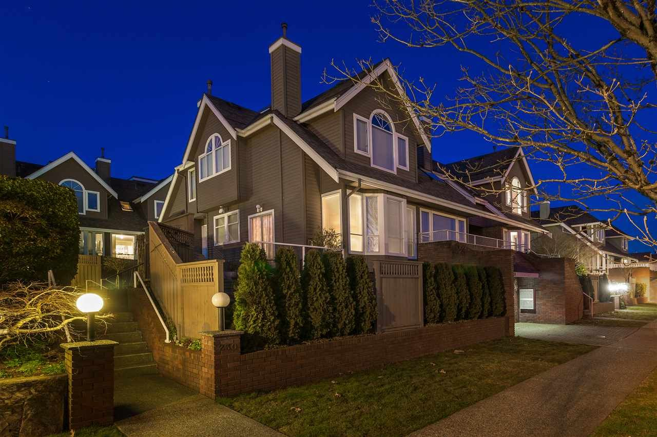 "Main Photo: 6 230 E KEITH Road in North Vancouver: Central Lonsdale Townhouse for sale in ""Keith View Mews"" : MLS®# R2445120"