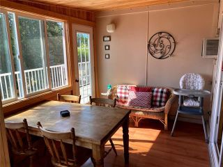 Photo 10: 110 Mann Road, in Sicamous: House for sale : MLS®# 10236126