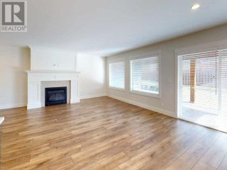 Photo 8: 7467 GABRIOLA CRESCENT in Powell River: House for sale : MLS®# 16133