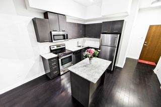 Photo 12: Ph 2203 365 Prince Of Wales Drive in Mississauga: City Centre Condo for sale : MLS®# W3589606
