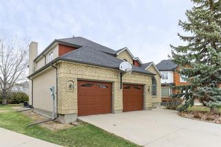 Photo 2: 10 Sandstone Place in Winnipeg: Whyte Ridge Residential for sale (1P)  : MLS®# 202109859