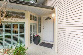 """Photo 2: 140 101 PARKSIDE Drive in Port Moody: Heritage Mountain Townhouse for sale in """"TREETOPS"""" : MLS®# R2339591"""