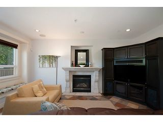 Photo 9: 3559 DUNDAS Street in Vancouver: Hastings East House for sale (Vancouver East)  : MLS®# V1067924