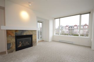 """Photo 3: 308 7089 MONT ROYAL Square in Vancouver: Champlain Heights Condo for sale in """"CHAMPLAIN VILLAGE"""" (Vancouver East)  : MLS®# R2540817"""