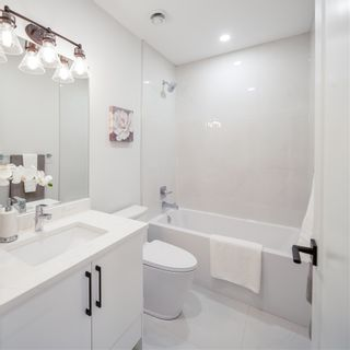 Photo 10: 6495 WALKER Avenue in Burnaby: Upper Deer Lake 1/2 Duplex for sale (Burnaby South)  : MLS®# R2439184