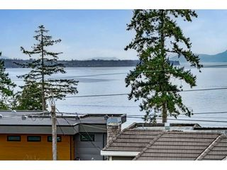 Photo 8: 14109 MARINE Drive: White Rock House for sale (South Surrey White Rock)  : MLS®# R2558613