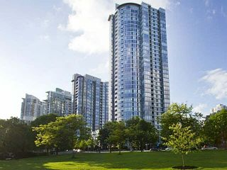 "Photo 1: 1003 1033 MARINASIDE Crescent in Vancouver: Yaletown Condo for sale in ""Quaywest"" (Vancouver West)  : MLS®# V1143439"