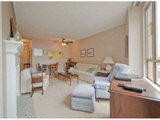 """Photo 4: 711 15111 RUSSELL Avenue: White Rock Condo for sale in """"Pacific Terrace"""" (South Surrey White Rock)  : MLS®# F1425012"""