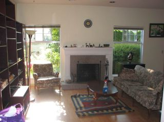 """Photo 4: 22 8551 GENERAL CURRIE Road in Richmond: Brighouse South Townhouse for sale in """"THE CRESCENT"""" : MLS®# R2387071"""