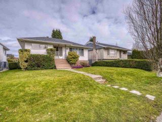 Photo 3: 3041 E 54TH Avenue in Vancouver: Killarney VE House for sale (Vancouver East)  : MLS®# R2548392